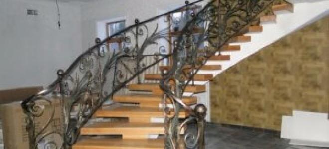 Перила для лестницы из бетона
