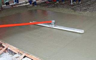 Зачем нужна гладилка для бетона и как ее сделать из подручных материалов