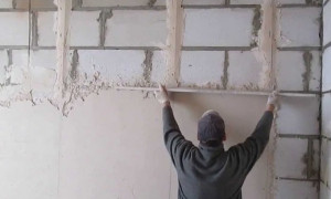 Штукатурка стен из керамзитобетонных блоков: виды и особенности